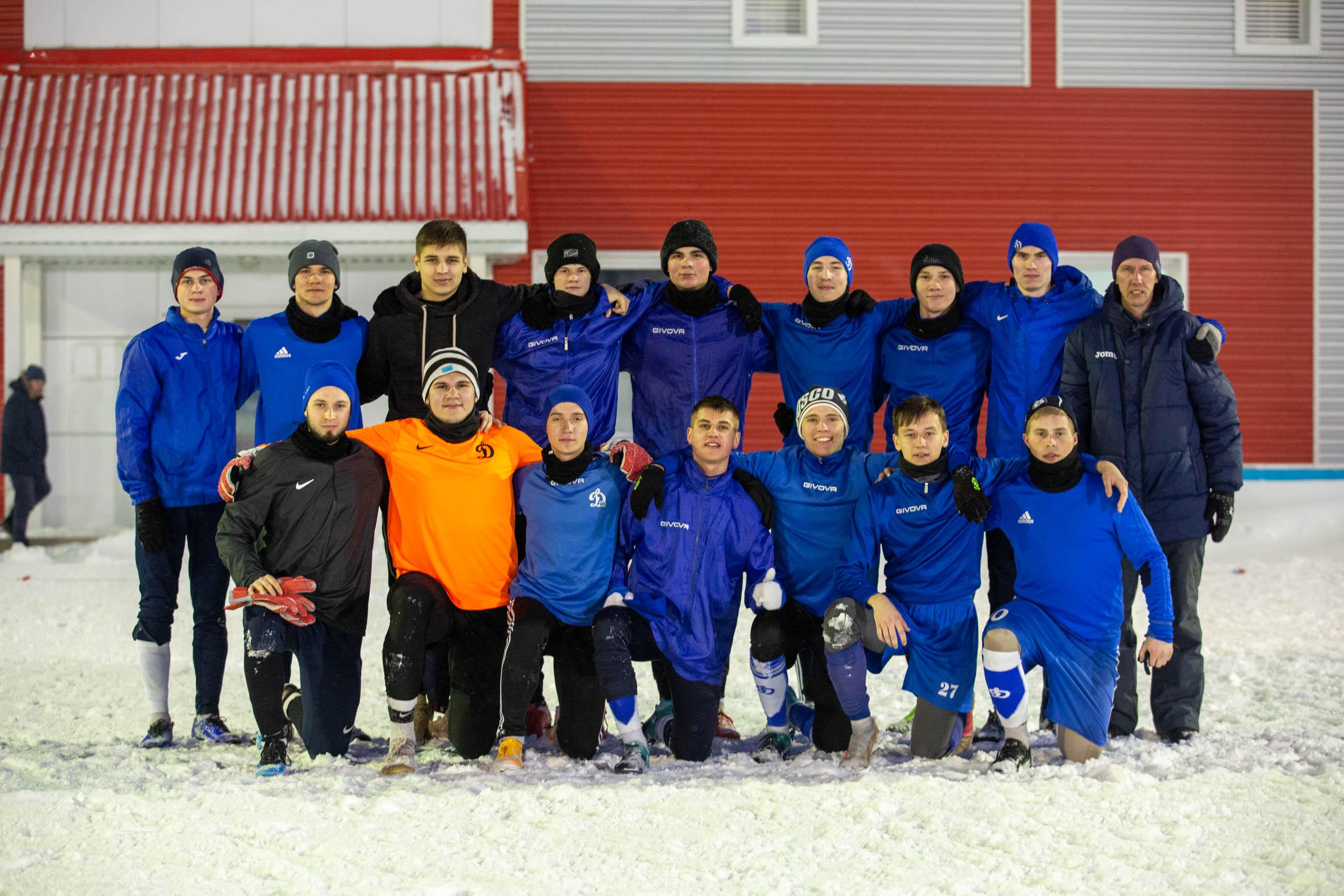 Динамо(м)Полимер4-0 (2)